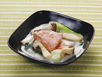 鮭とチンゲン菜の甘酒煮