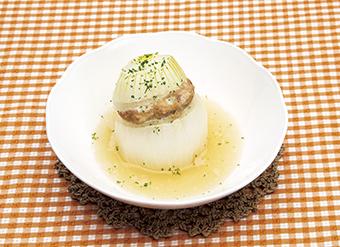 新たまねぎの肉詰めスープ煮