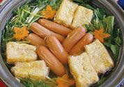 ウインナーと揚げ豆腐のハリハリ鍋