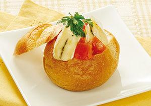 トマトとチーズのパングラタン
