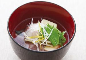 地産地消・愛媛県 ぶりと高野豆腐のお吸い物